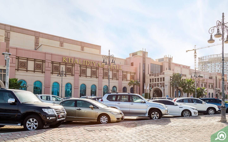 Khalidiya Mall in Abu Dhabi