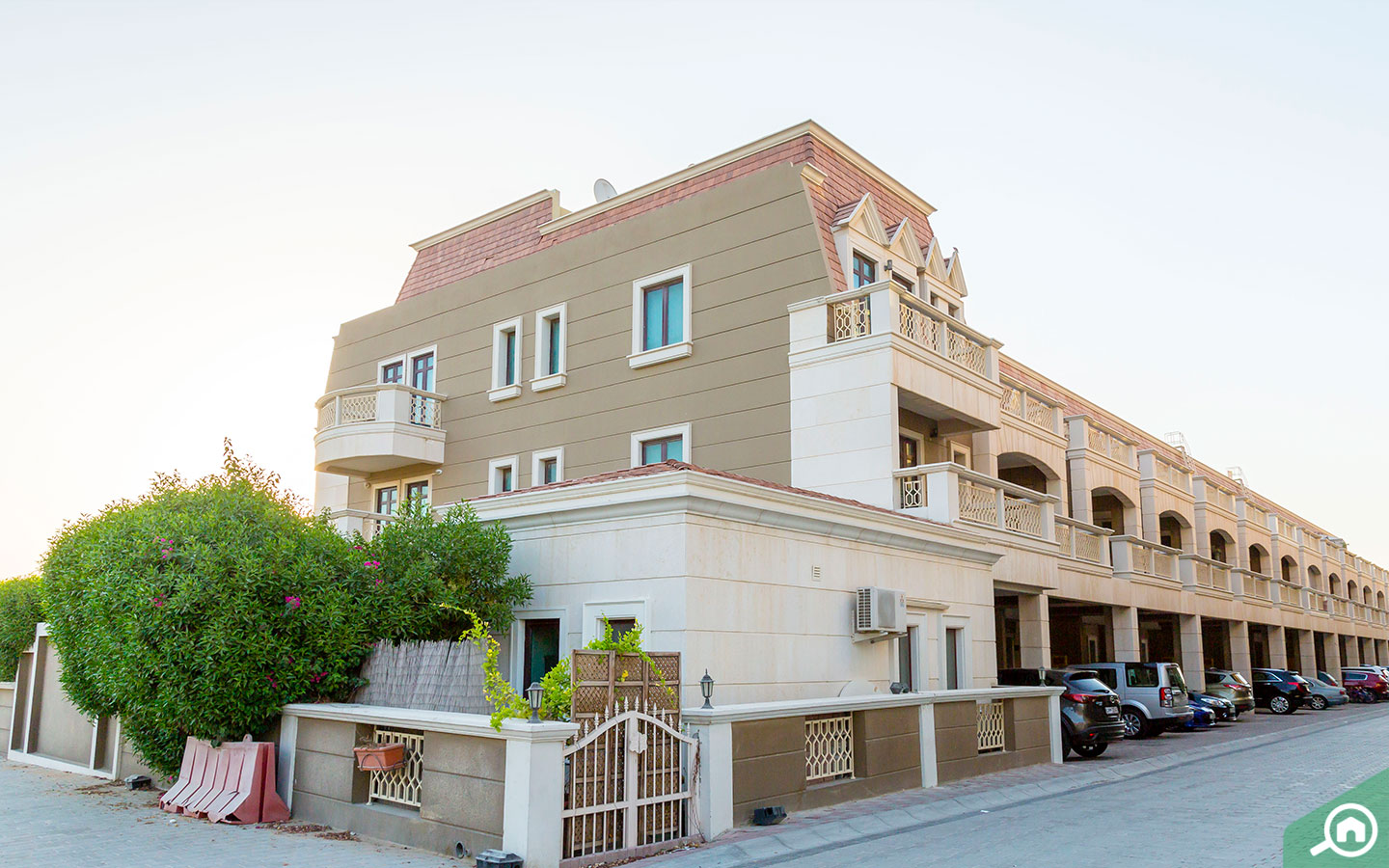 Apartments and villas for sale and rent in JVC