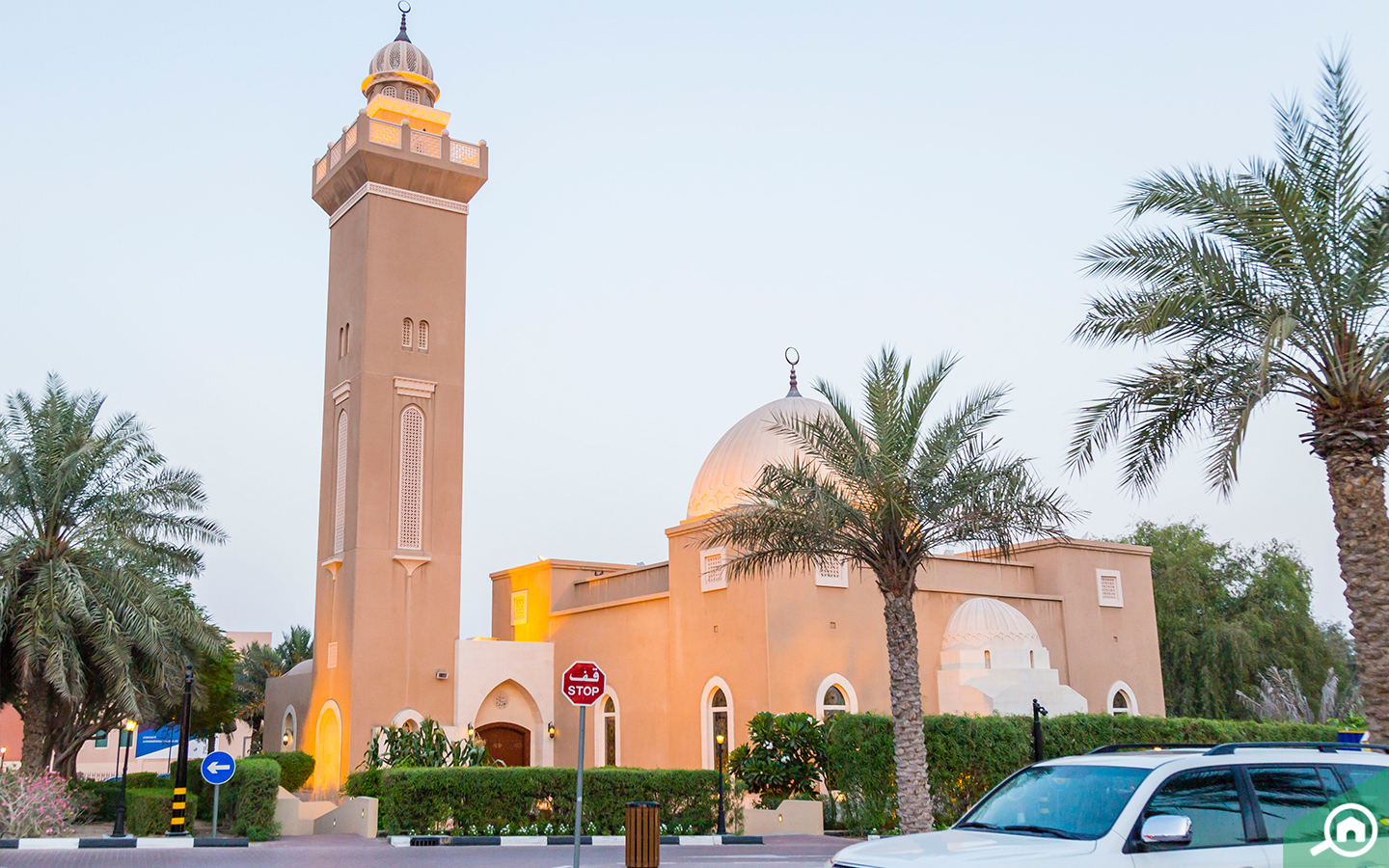 mosque in arabian ranches