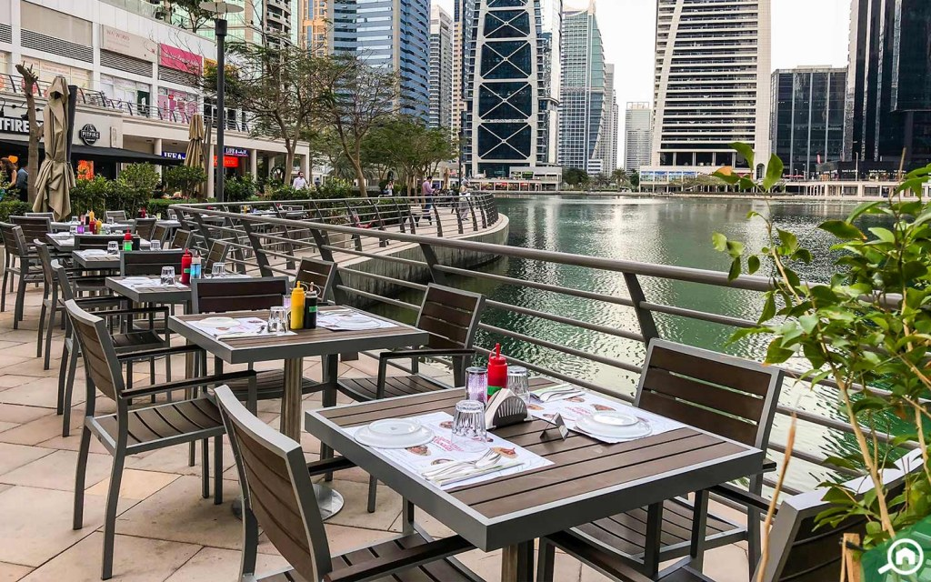 A waterfront restaurant in Jumeirah Lakes Towers (JLT)