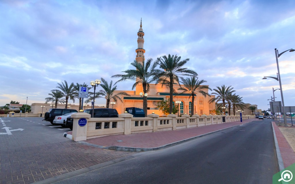 Mosque in Umm Suqeim