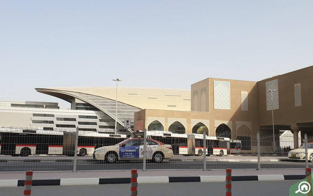 Public transportation in Jebel Ali