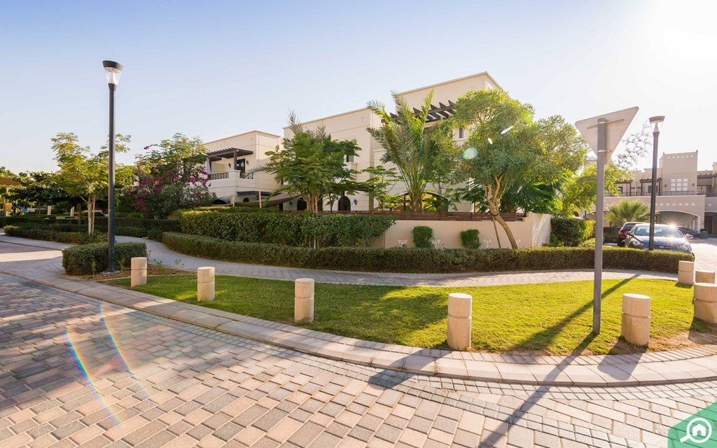 Properties in Mudon