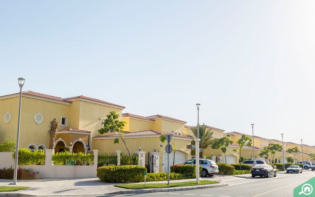 Luxurious Villas in Jumeirah Park