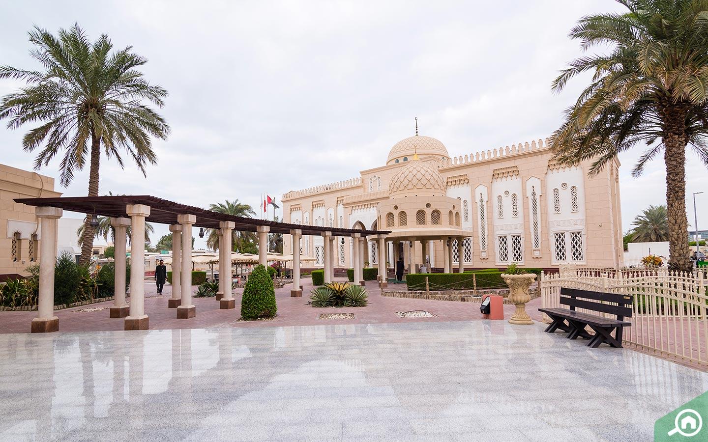 Jumeirah Mosque near Al Satwa