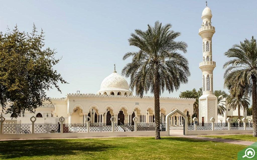 mosque in al bateen