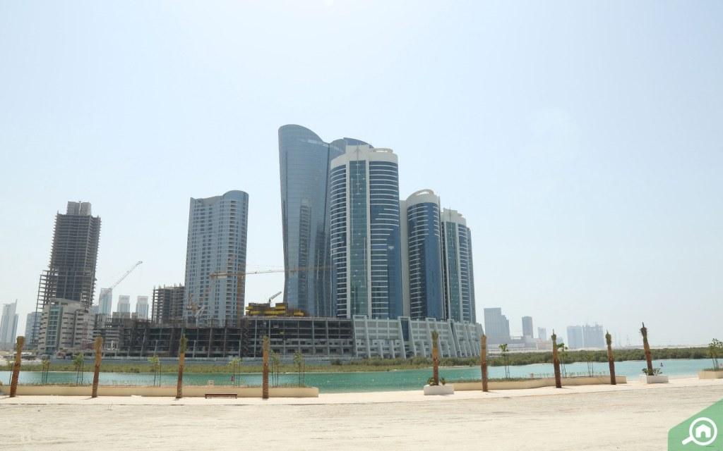 مباني في جزيرة الريم