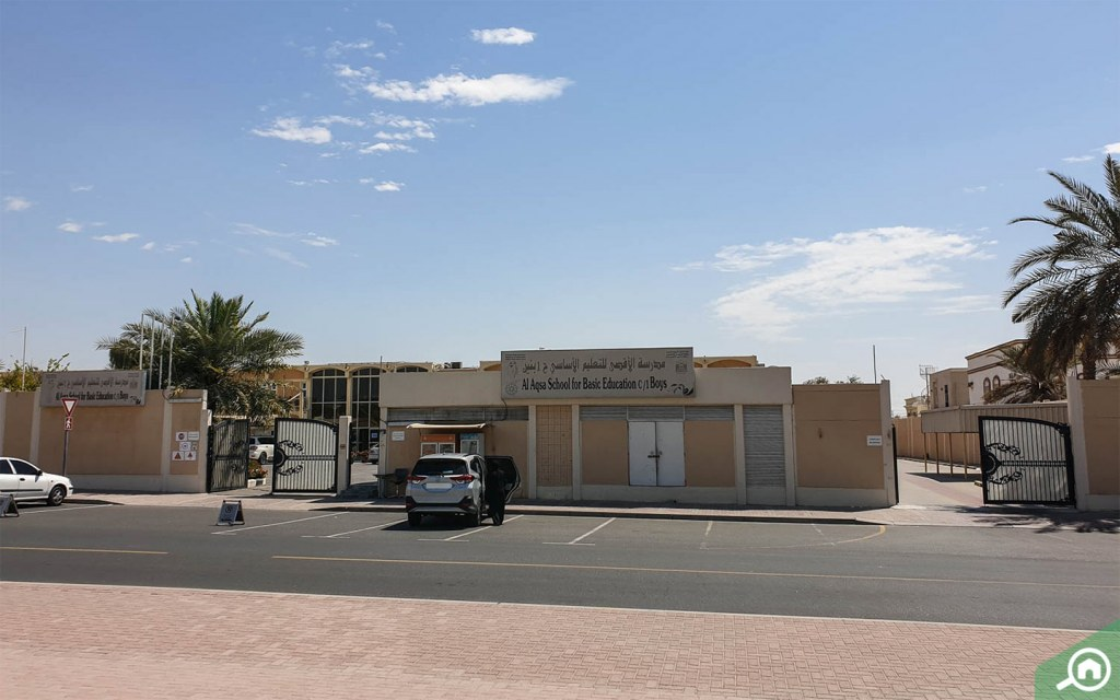 A; Aqsa school in Al Rashidiya