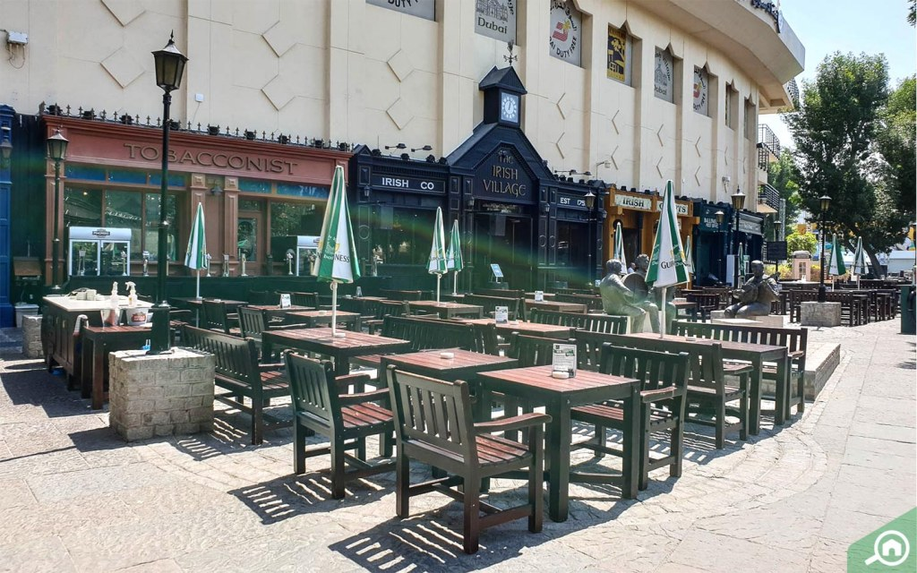 Irish Village restaurant in Al Garhoud