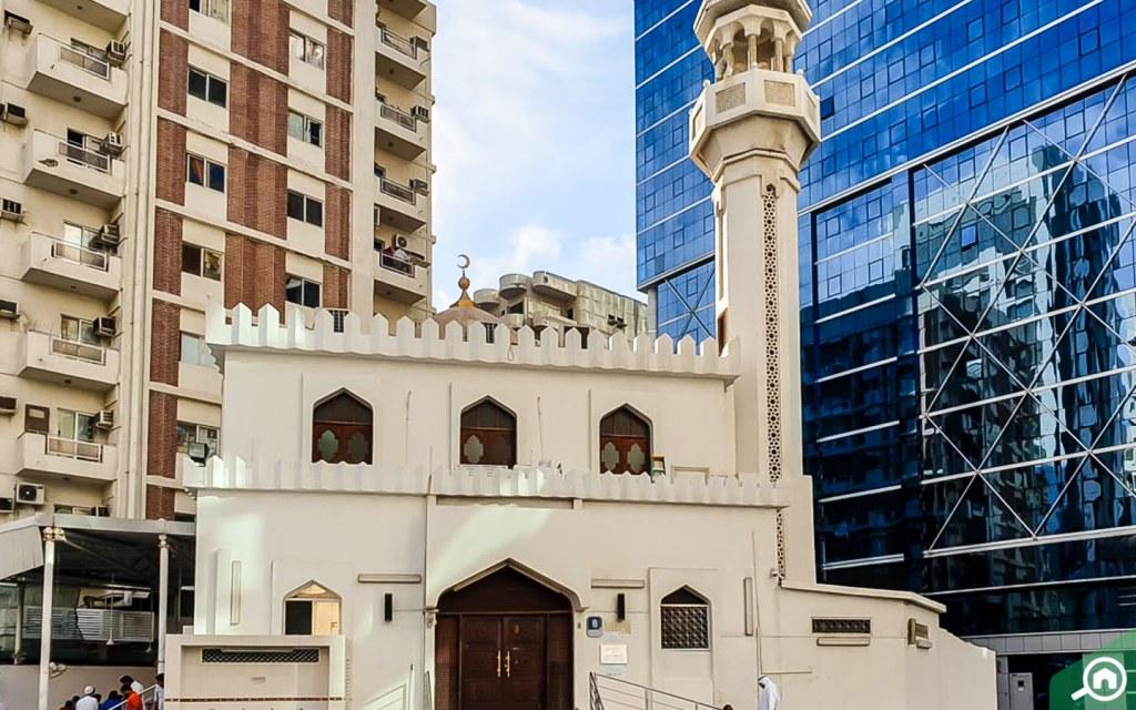 Mosque in markaziya, abu dhabi