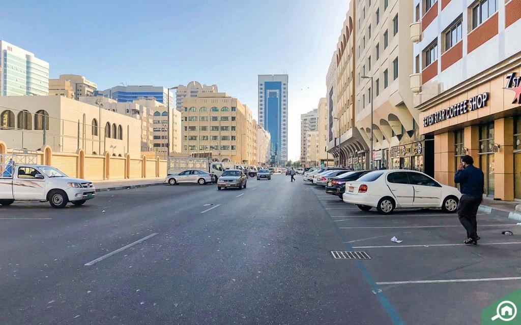 Street view Madinat Zayed