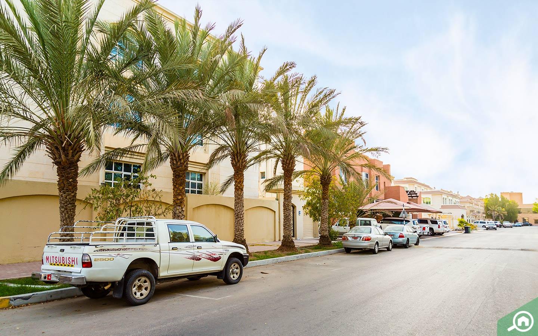 Parking in Al Mushrif