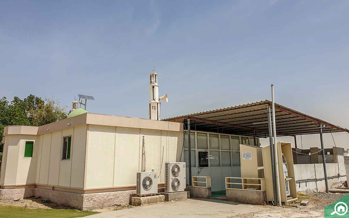 مسجد البراشي هو أحد مساجد المنطقة