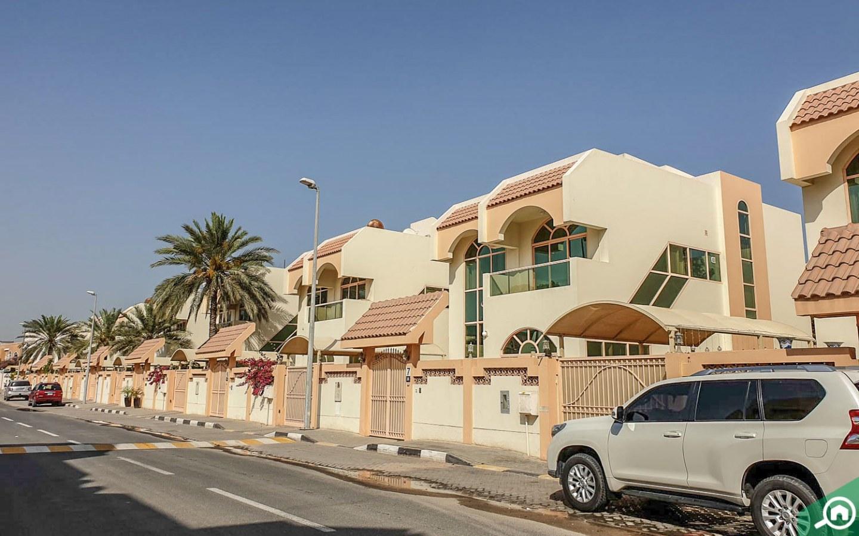Villas in Sharqan