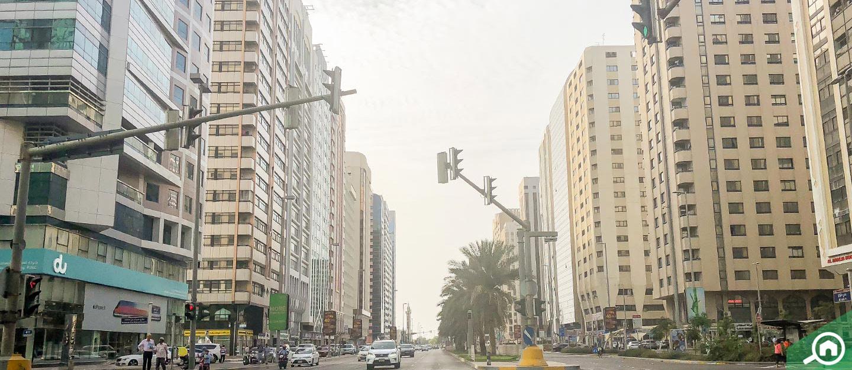 شارع حمدان في ابوظبي