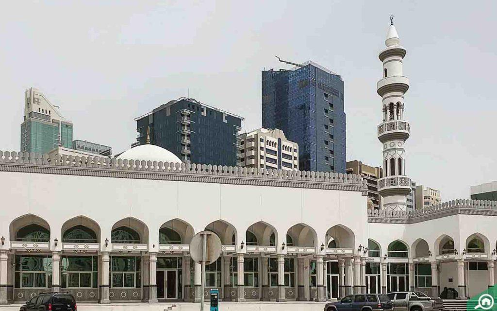 mosque in Abu Dhabi Corniche Area