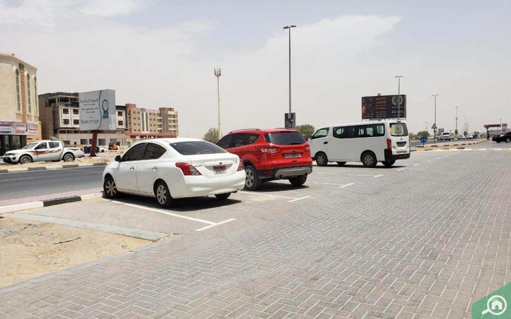 Parking in Al Mowaihat