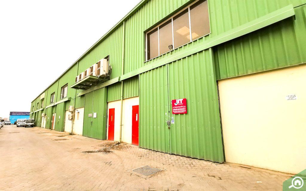 Warehouses in Ras Al Khor