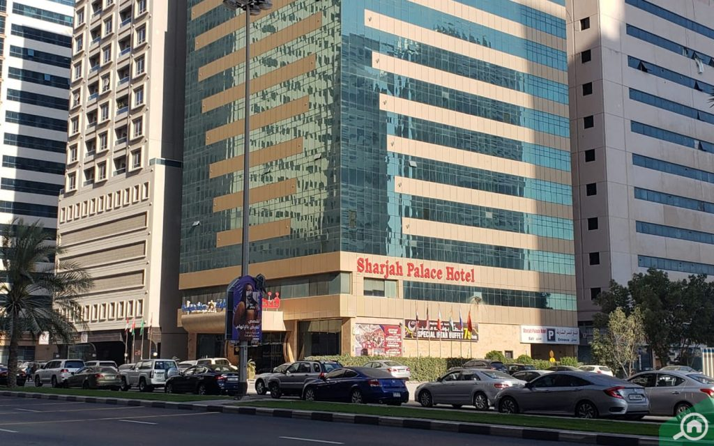 sharjah palace hotel in al taawun