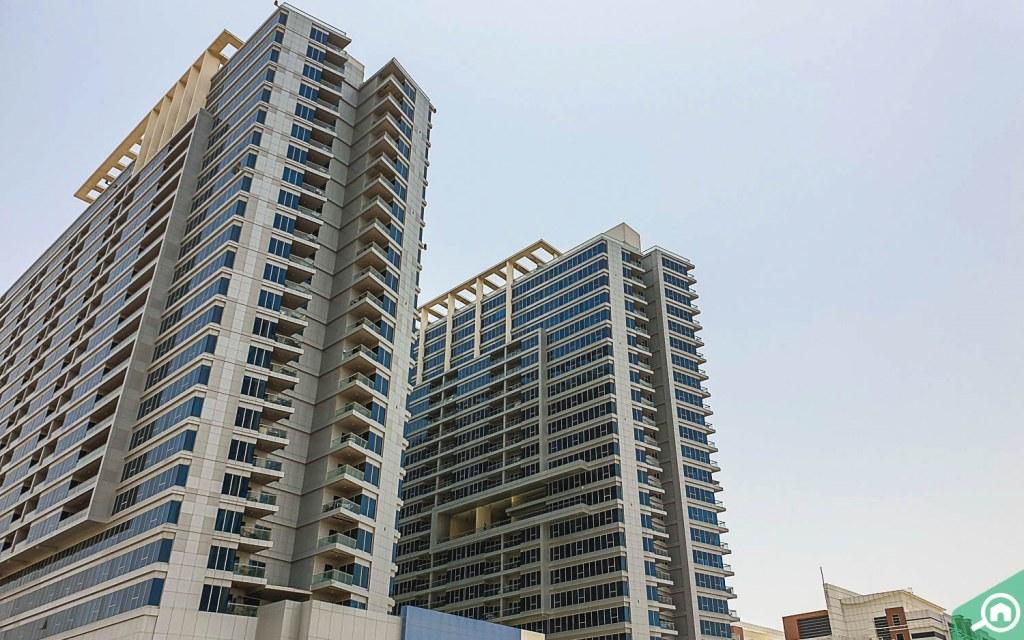 eateries near Dubai Residence Complex