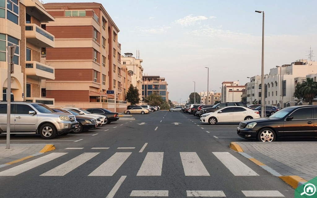 Parking space in Al Manaseer