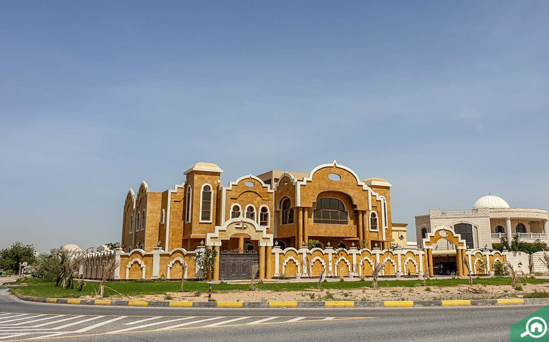 architecture of Al Gharayen villa