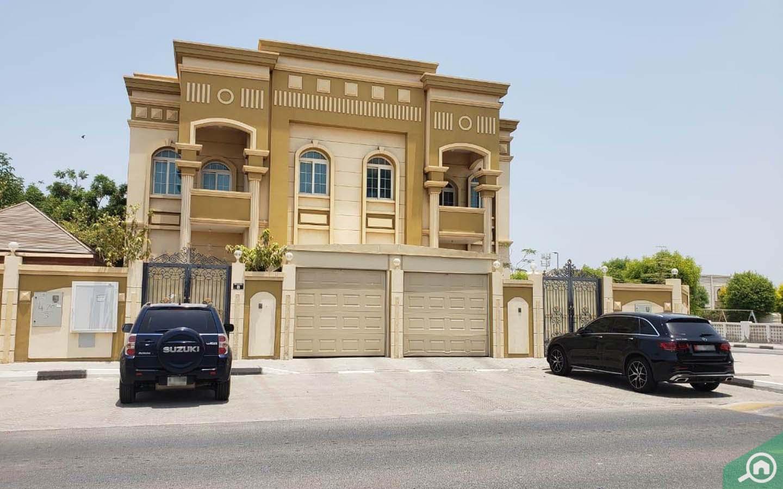 Villa in Al Jazzat
