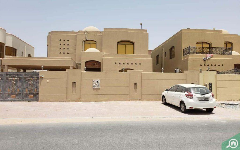 Villas in Al Mowaihat