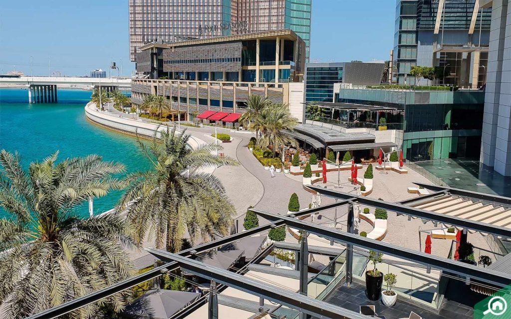 vibrant waterfront area of Al Maryah Island