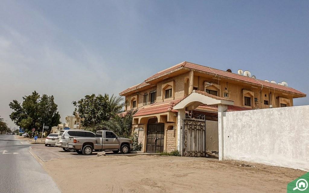 villas in al sabkha sharjah
