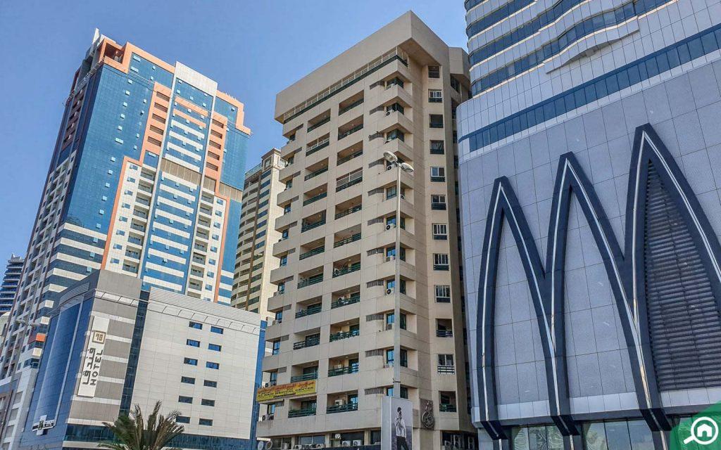 apartments in corniche al buhaira