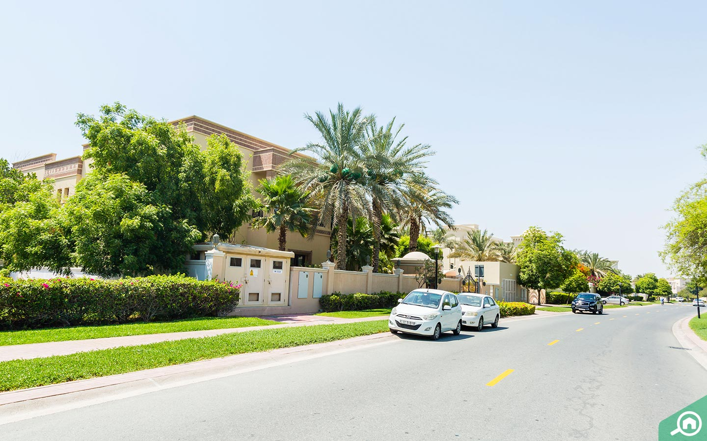 parking spaces in Emirates Hills