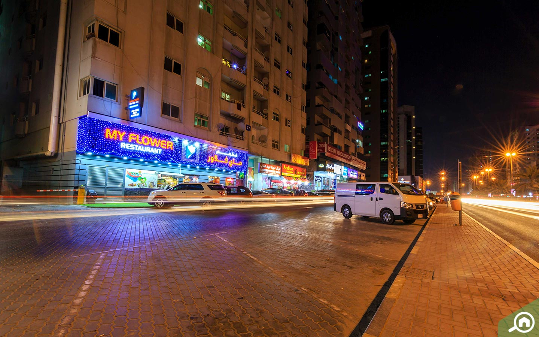 street parking in al rashidiya