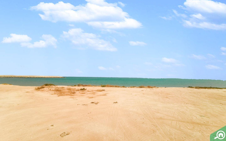 beach in Mina Al Arab