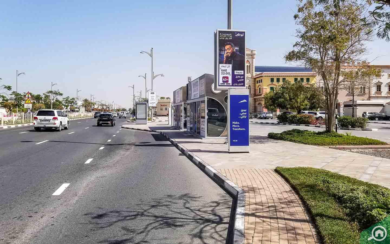 jumeirah 1 bus stop