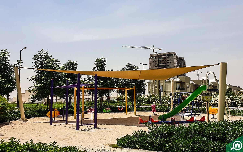 منطقة لعب في ليفينغ ليجيند