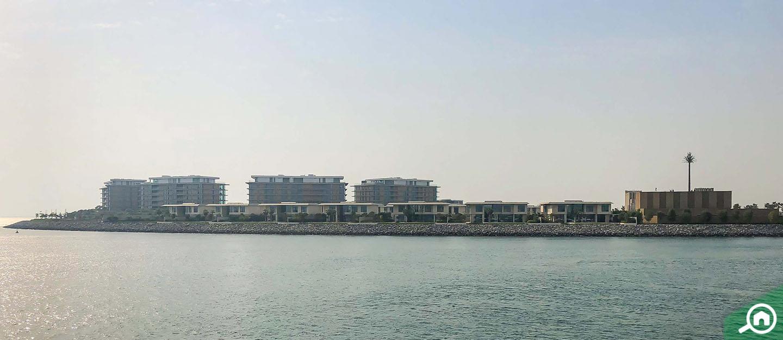 living in Jumeirah 3