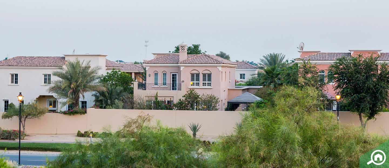 living in mirador arabian ranches