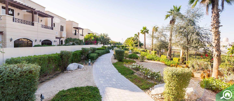 living in arabella townhouses mudon