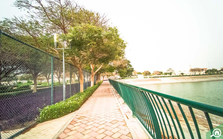 park near muhaisnah 3