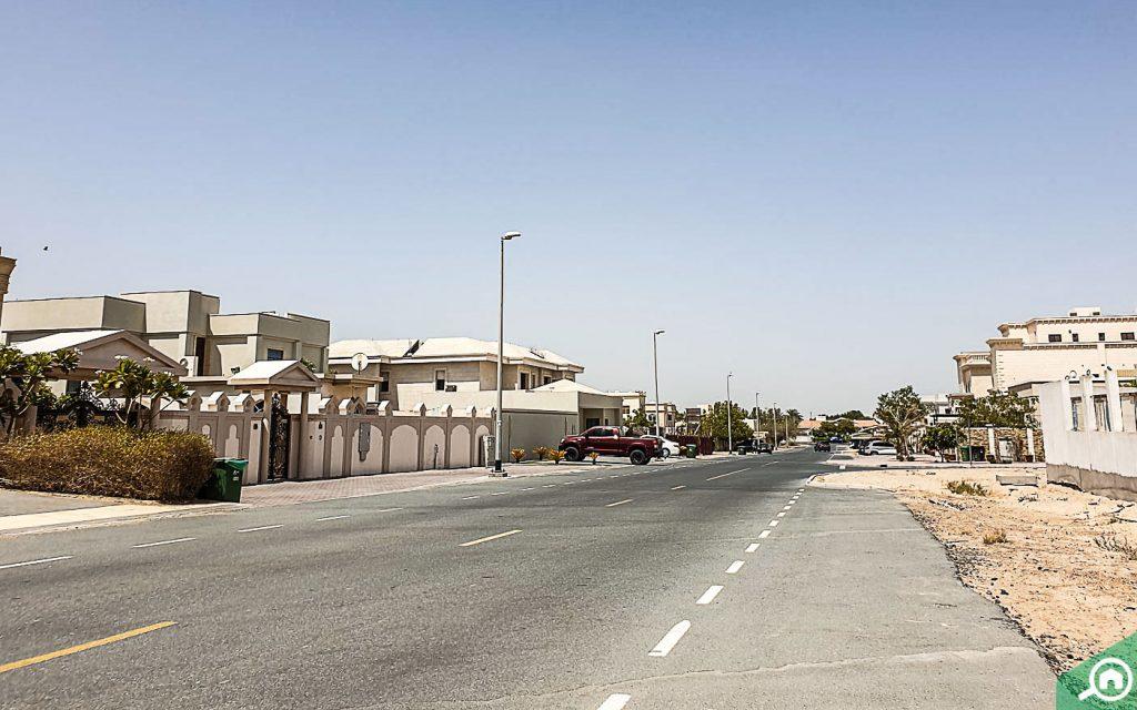 Road network in Al Khawaneej