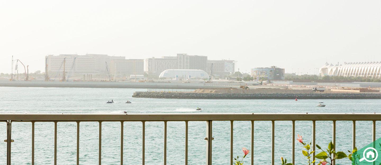 living in al muneera al raha beach