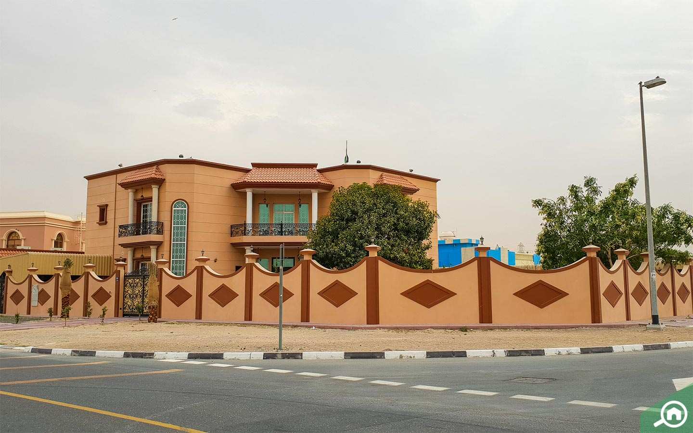 villa in muhaisnah 3
