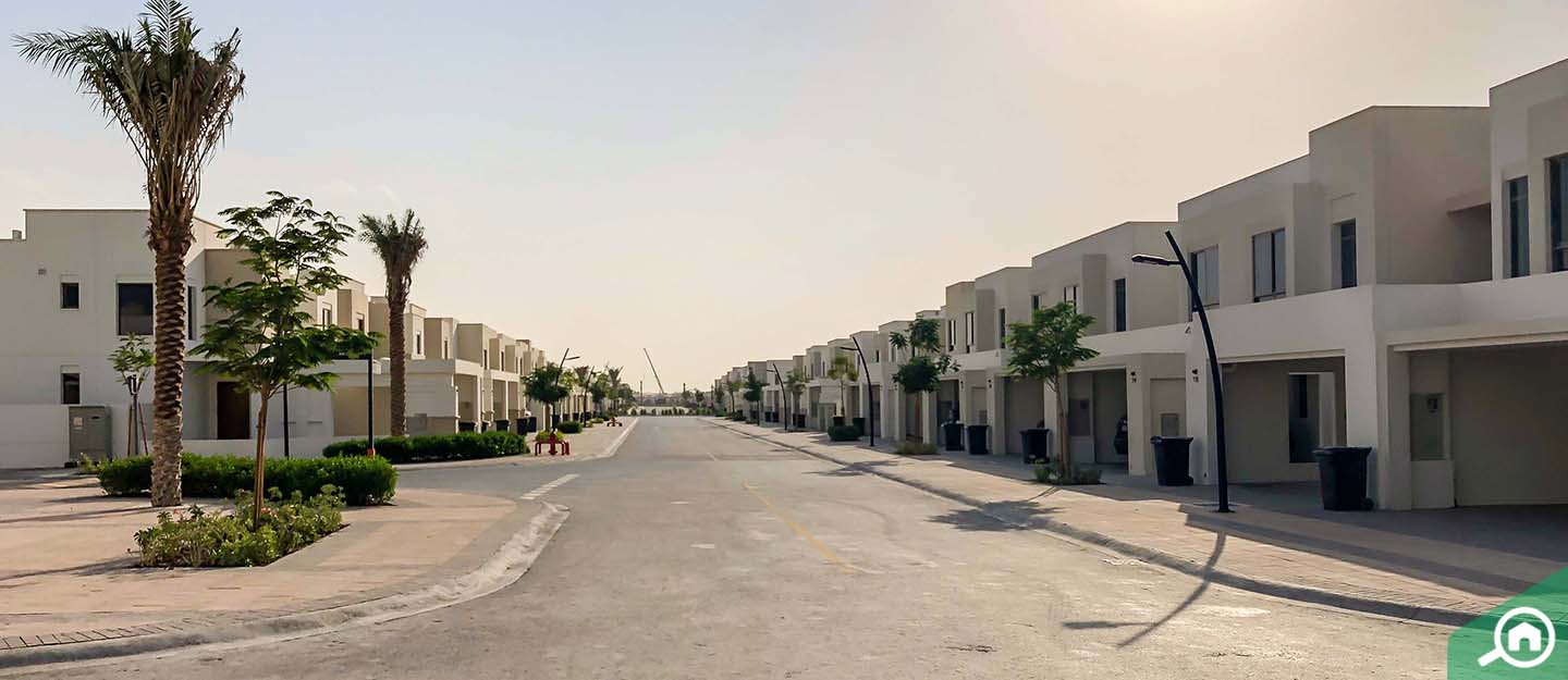 living in zahra townhouses