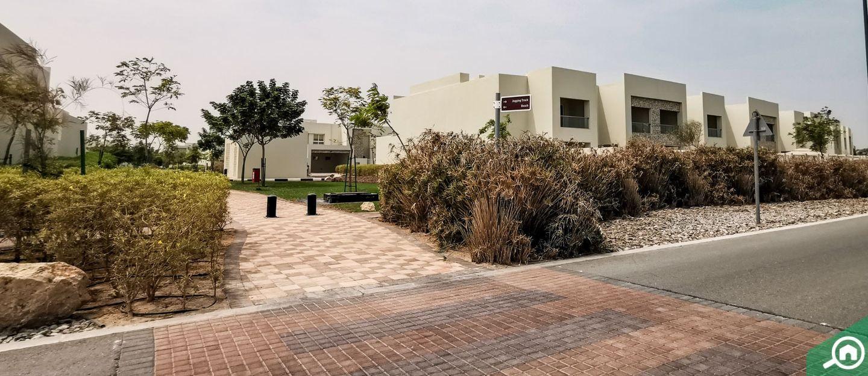 living in marbella villas mina al arab