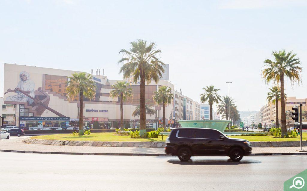 road near al mankhool