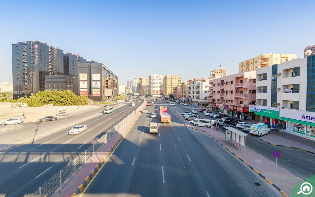 شارع رئيسي في الراشدية عجمان