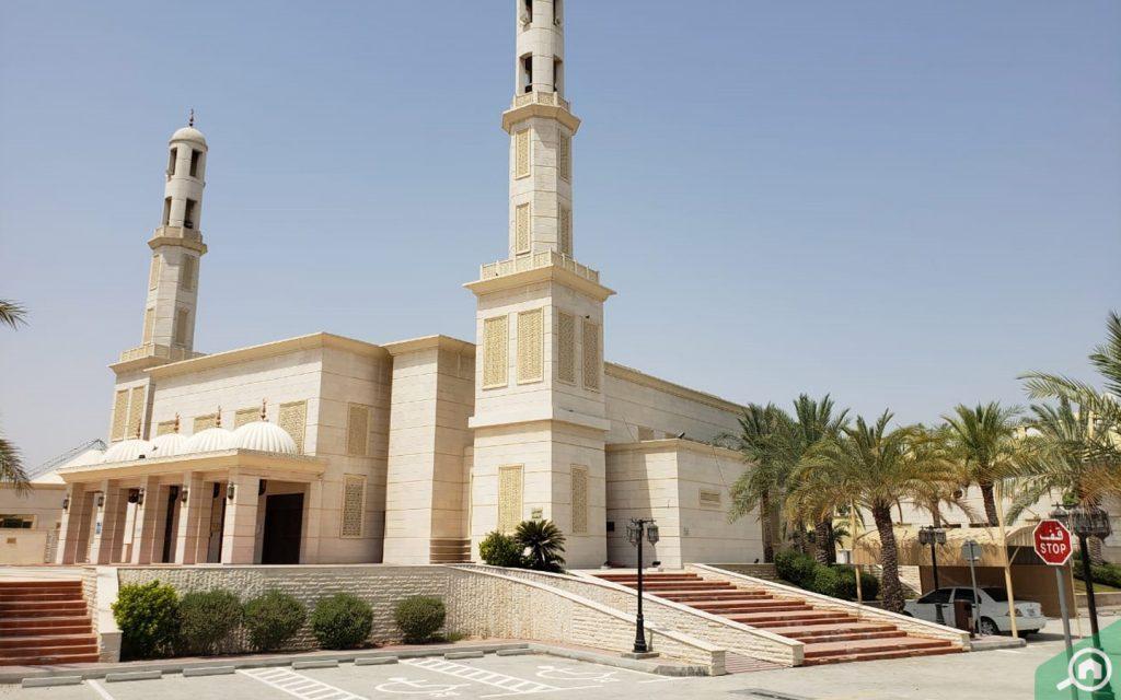 mosque in oud al muteena