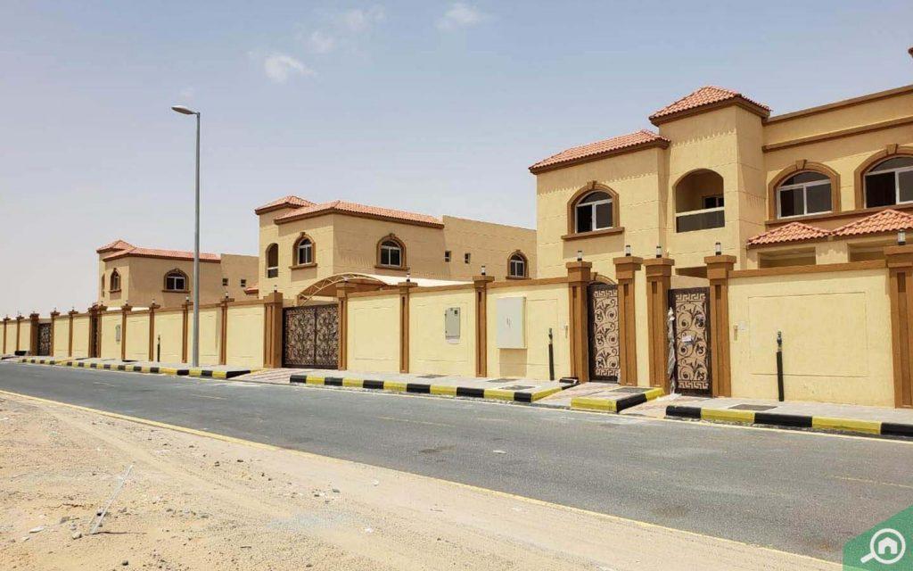 Al Tayy villas