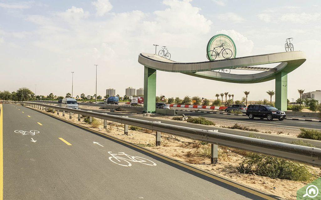 شوارع مخصصة لركوب الدراجات